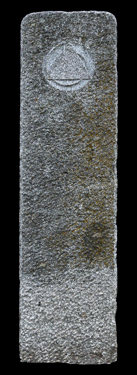 granito kolona, stele, natūralus akmuo, riedulys, kraštovaizdžio apdaila, meno objektas, steinmetz, apkarpyti, granitas, parkas, sodas, sodo apdaila, apdaila, izoliuotas, be honoraro mokesčio