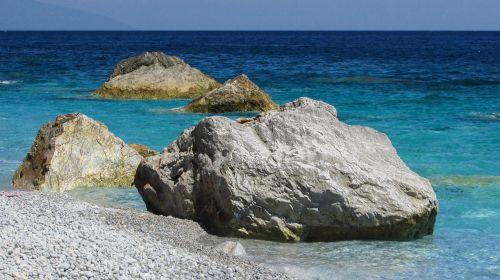 Graikija,slidinėjimas,sala,papludimys,Rokas,balta,sporadai,Viduržemio jūros,vasara,jūra,gamta,mėlynas,vaizdingas,Lalaria paplūdimys,žvyro paplūdimys,peizažas,turizmas,atostogos,kranto