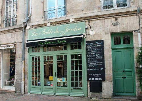 žalios durys,prancūzų kavinė,gatvės kavinė,france,miesto kavinė,meniu lenta,bistro