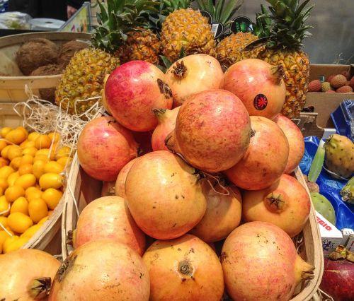 granatos,vaisiai,vitaminai,tropikai