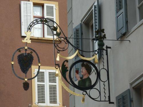 svečių namų skydas,vynuogės,Gasthof,kalvystė,skydas,vynas