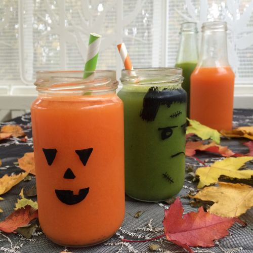 Halloween,sultys,ekologiškas,morkų sultys,šviežiai spaustos sultys,vaiduoklis,moliūgas,amatai,kavos pertraukėlė,ruduo,atvejis,autumnalis,organinė sandėliukas,lapai,økologiskt,detoksikacija,Sultys valo,valo