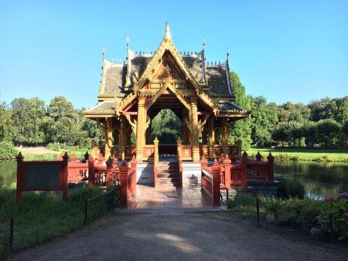 hamburgas,hagen beck zoologijos sode,zoologijos sodas,Hagenbeck,augalas,aplankyti,Kinijos vartai