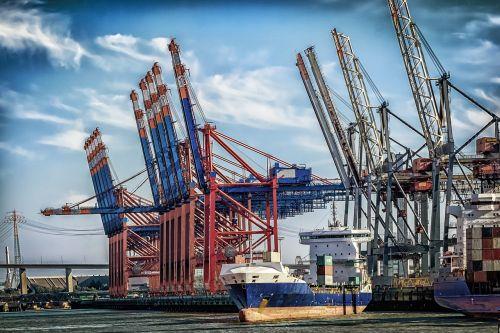 hamburgas,uostas,terminalas,kranai,konteinerių terminalas,konteinerių platforma,konteinerių tvarkymas,uosto kranai,konteinerių laivas,laivyba,krovinys,kroviniai,laivas,konteinerių vežimėlio kranas,vanduo,rinkodaros centras,Elbe,technologija,upė,prekyba
