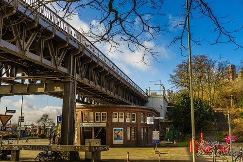 Hamburg, Miestas, Metro, gatvės gyvenimas, Miestas fotografija, architektūra, statyba, Vokietija, Hanzos miestas, uosto, dangus, debesys, mėlyna, Turizmas, žymus objektas, miestovaizdis, Lankytinos vietos