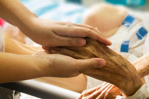 ranka rankon,ligoninė,pacientas,slauga,rūpintis,laikyti ranką,paviljono priežiūra,konsolė