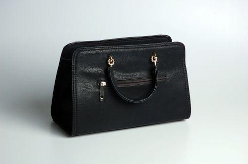 rankinė,juoda,paprastumas,studija