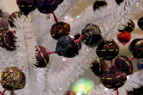 Kalėdos, xmas, papuošalai, rankų darbo, medžiaga, apvalus, medis, balta, Iš arti, Unikalus, rankų darbo audiniai, keramikos ornamentai