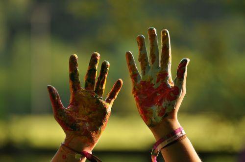 rankos,spalvinga,linksma,ranka,spalva,dažytos,vaikas,dažyti,ranka rankon