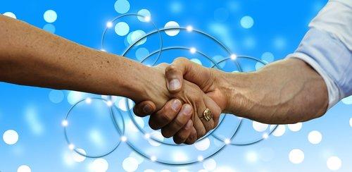 rankos, laimėti laimėti, laimėti, vienas kitą, verslininkai, komanda, Handshake, bendradarbiavimas, komandinis darbas, Draugystė, kartu, vyras, moteris, žmogus, žemynai, Pasaulio, pasaulio, globalizacija, tarptautinis, ranka, pasitikėjimas, purtant rankas, jungiamojo, draugai, ranka duoti, palaikykite stora, verslo, socialinė, politika, priemonės, misija, partneris, verslo partneriai