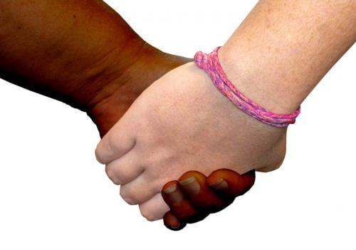 rankos,draugystes,draugai,padėti,padėjėjai,meilė,rūpintis,rūpinasi,pirštai,kartu,žmonės,laimingi draugai,pora,pora,moterų draugai,moterys,rankos kartu,socialinis,ranka rankon,asmuo,parama,grupes,partnerystė,mergaitės,bendradarbiavimas,vienybė