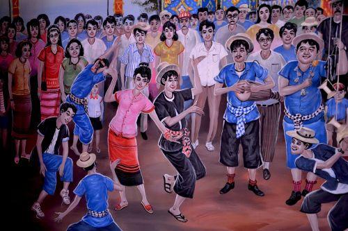 laimingi žmonės,šokiai,linksma,džiaugsmas,žmonės,jaunas,laimingas,vakarėlis,šokis,žmonės šoka,grupė,laimė,šventė,draugai,laisvalaikis,vakarietiški žmonės,vasara,aktyvus,muzika,Draugystė,diskoteka,gyvenimo būdas,žmonių grupė,grupės žmonės,moteris šokiai,jauni žmonės smagiai,laimingi draugai,atostogos,juokiasi,draugai smagiai,kartu,vasaros pramogos,turintys,lauke,linksmas,be rūpesčių,džiaugsmingas,linksmų švenčių,žaisti,žmonės juokiasi,šypsosi