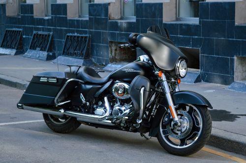 Harley Davidson,motociklas,dviratis,dviračiai,transportas,kietas motociklas,kietas,brangus,sunkus motociklas,greitkelis