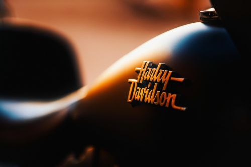 Harley Davidson,motociklas,kelionė,gabenimas,emblema,ženklelis,logotipas,makro,Iš arti,purentuvas,hdr