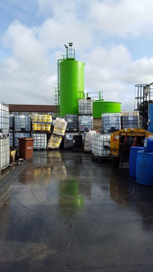 pavojus,pavojingas,medžiaga,augalas,pavojus,saugumas,toksiškas,cheminis,industrija,pavojingas,rizika,atsargiai,aplinka,tarša,aplinkosauga,įranga,biohazard