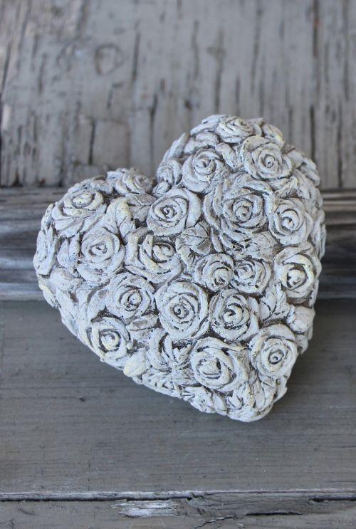 širdis,akmens širdis,rosensteino širdis,rožių motyvas,meilė,akmeninė širdis,apdaila,emocija,pilka,akmuo,gamta,romantika,atmintis,simbolinis,sėkmė