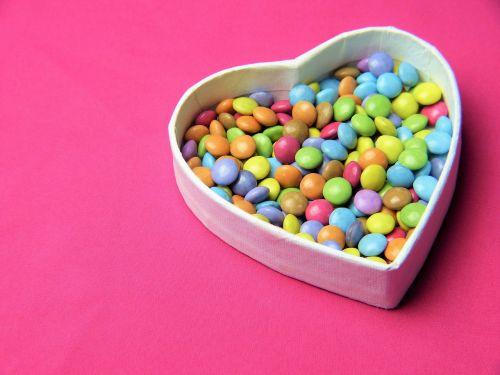 širdis,smarties,rožinis,saldumas,kvietimas,meilė,gimtadienis,Motinos diena,Valentino diena,vestuvių dieną,tėvo diena,nibble,tau,šokoladas,cukrus,spalva,priklausomybe,mityba