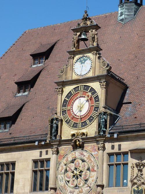 heilbronn,miestas,istoriškai,Senamiestis,miesto rotušė,laikrodis,laikas,astronominis,astronominis laikrodis,valandą