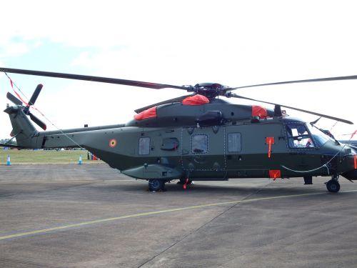 sraigtasparnis,kariuomenė,transportas,rotorius,skrydis,purentuvas