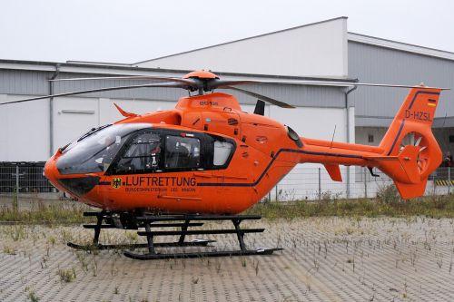 sraigtasparnis,gelbėjimas,skristi,pagalba,rotorius,gelbėjimo sraigtasparnis,transportas,greitosios pagalbos sraigtasparnis,kilti,Skubus atvėjis,naudoti,oro gelbėjimas,nusileidimas
