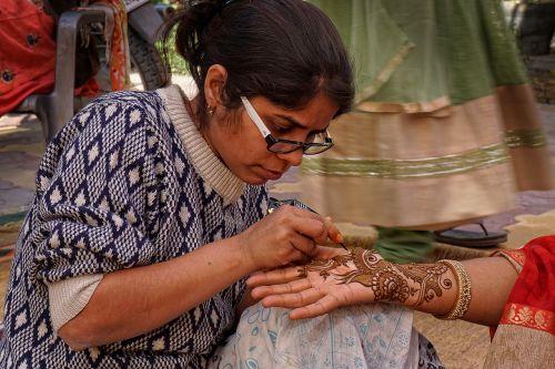 henna, dažyti, dekoruoti, žmogus, religija, moteris, tradiciškai, rankų darbo, apdaila, ornamentas, dekoruoti, papuošalai, Indija, be honoraro mokesčio