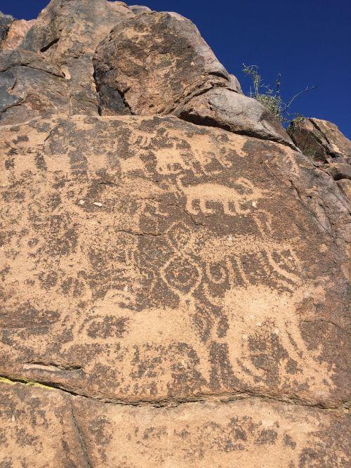 hieroglifai,Arizona,senovės,pietvakarius,hieroglifai,Rokas,istorija,kanjonas,petroglyfai,priešistorinis,akmuo,Indijos,vakaruose,kultūra,gimtoji,vietiniai,amerikietis,vietinis amerikietiškas indietis