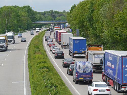 greitkelis,džemas,baustelle jam,pkw,sunkvežimis,juostos,greičio ribojimas,lėtai judantis,transporto priemonės,apsauginis geležinkelis,laukti,davert,svetainė,greitkelio perkrovos,miško plotas,greitkelio statybvietė,Münsterland,statybos darbai,a1,Hansa linija