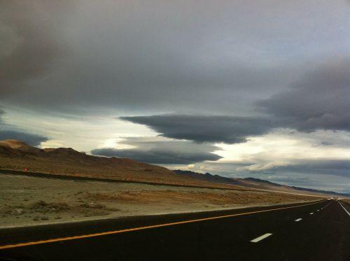 greitkelis,lauke,kraštovaizdis,dykuma,peizažas,natūralus,laukiniai,lauke,žemė,dangus,debesys,lauke,vaizdingas,ramus,oras,meteorologija,cloudscape,aplinka,gamta