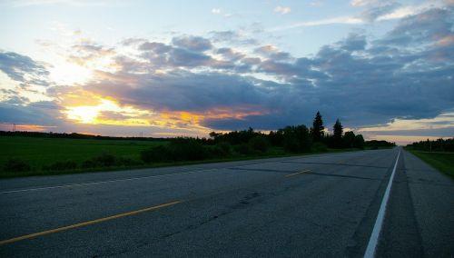 greitkelis,saulėlydis,debesys,dangus,debesuota dangaus,saulėlydžio greitkelis