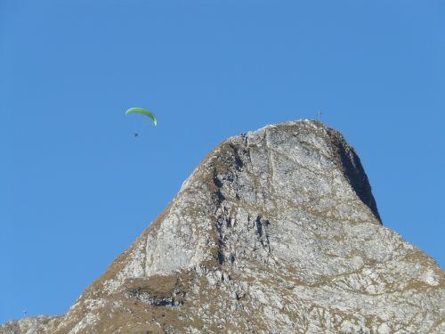 höfats,aukščiausiojo lygio susitikimas,rytų aukščiausio lygio susitikimas,viršūnių susitikimas,vakarų viršūnių susitikimas,paragliteris,kalnai,kraigas,alpinistas,lipti,alpinistas,kietas,eksponuotos,kalnas,Allgäu,Allgäu Alpės,Alpių,žygiai,kalnų žygiai,Rokas,pietų pietryčių griuvėsiai,rožinis,Pietryčių siena,paragleris,paragliding,skristi,ekranas