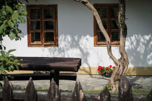hollókő,sodyba,pasaulio paveldo vieta,tvora,sodas,veranda,senas namas,kaimas,kaimo atmosfera,langas,architektūra,Clayhouse,pastatas,kaimas,kaimo turizmas,padas