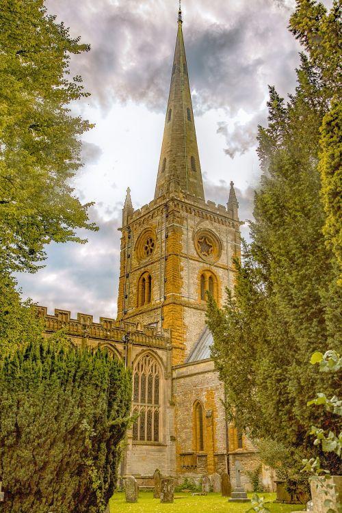 Šventosios Trejybės bažnyčia,stratford upon avon,architektūra,Anglija,Warwickshire,uk,orientyras,Britanija,Šekspyras,William,scena,kapai,istorinis,žinomas,turizmas