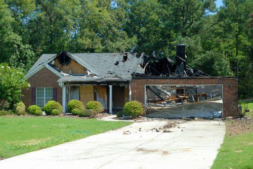 namai, namas, būstas, sunaikinimas, Ugnis, pažeista, praradimas, draudimas, pretenzija, katastrofiškas, namų sunaikinimas