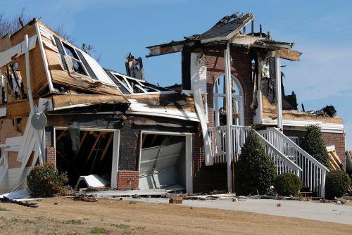 namai, namas, būstas, sunaikinimas, Ugnis, pažeista, praradimas, draudimas, pretenzija, katastrofiškas, namų ugnis