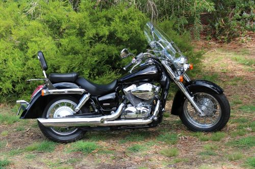 Honda,Honda šešėlis,honda shadow aero,motociklas,motociklas,turistinis dviratis,honda motociklas,vt 750c,klasikinis motociklas,juoda,chromas,gabenimas,metalas