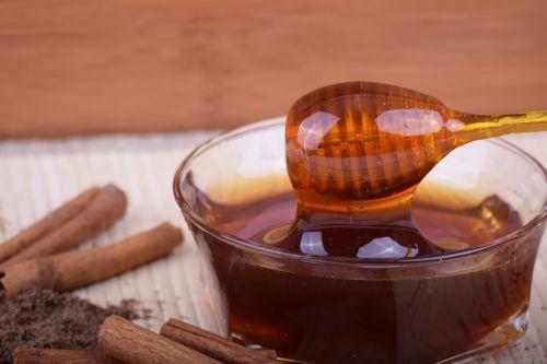 medus,cinamonas,dubuo,bičių medus,maistas mano sveikatai