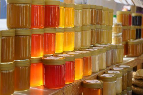 medus,medus indeliai,miško medus,gėlių medus,atgal šviesa,medaus geltona,aišku,buteliuose,spalvinga,spalva,pardavimas,turgus,Tiesioginiai pardavimai,bitininkystė