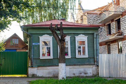 namas,senas,Rusija,Borovskas,mediena,istorinis,plėtra,nauja plėtra,statyba,poslinkis