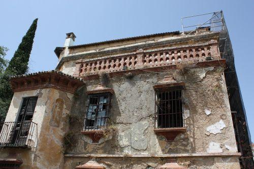 namas,renovacija,krot