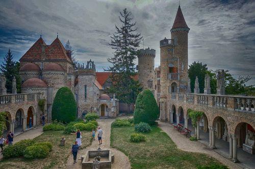 vengrija,székesfehérvár,kelionė,architektūra,pastatas,laiptas,Bory-city,pilis,spiraliniai laiptai,lankytinos vietos,lankytinos vietos,dažymas