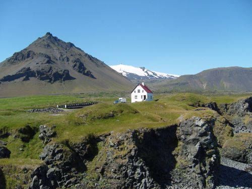 iceland,ledynas,namai,lava,vulkaninis uolas,kalvotas,uolingas,užaugo