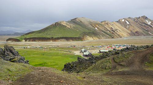 iceland,landmannahellir,kraštovaizdis,vulkaninis uolas,įspūdingas,poilsis,lava rock,uolingas,kempingas,šalies maumedžio kepimas