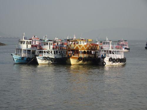 Indija,Mumbajus,valtys,kelionė,keltas