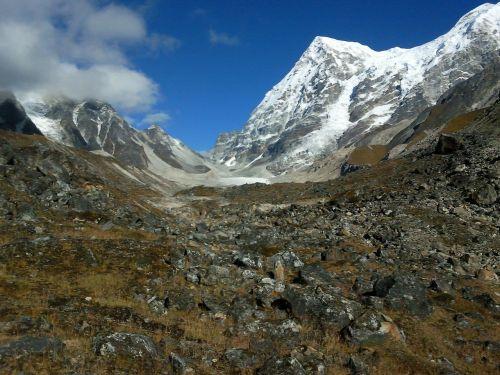 Indija,Rathong,ledynas,kalnai,sniegas,ledas,kraštovaizdis,dangus,debesys,tundra,akmenys,augalai,gamta,lauke,Šalis,kaimas