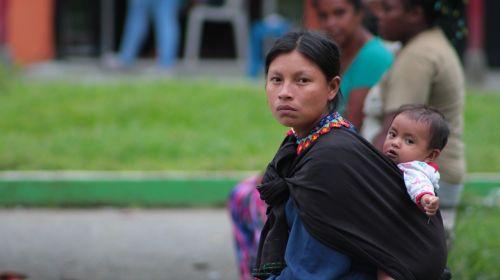 vietiniai,Chamí,risaralda,žmonės,Kolumbija,moterys,vaikas,vežti,Honda