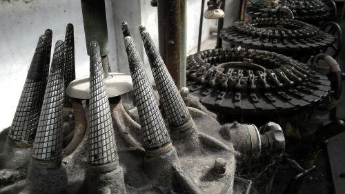 industrija,metalas,įrankiai,gamyba,aštrus,apvalus,darbas,įranga,plienas,pramoninis,inžinerija,technologija,gamykla,gamyba,gamyba,gamyba,mašina,mašinos,statyba
