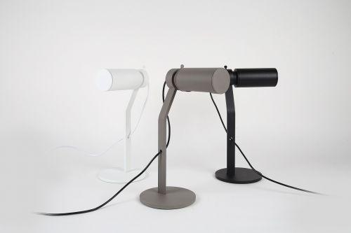 vidaus apšvietimas,apšvietimo projektavimas,konsyap,dizaino šviestuvai,vidaus žibintai,kavinė,Suvyta stalo lempa