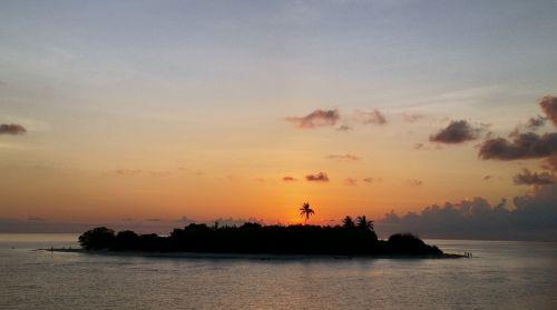 sala,Maldyvai,šventė,saulėlydis,debesys,dangus,jūra,svajonių šventė,dusk,delnas