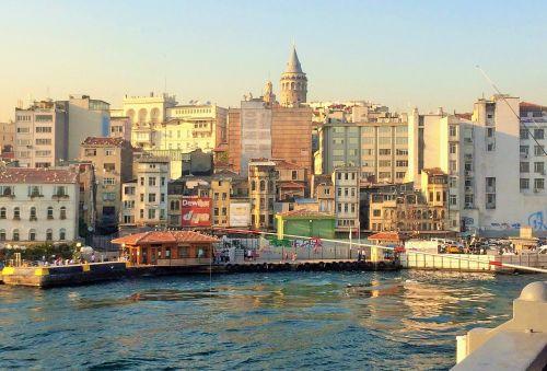 istanbulas,Turkija,miestas,vanduo,upė,jūra,pastatai,seni pastatai,istorinės pastatai,vakarinis dangus