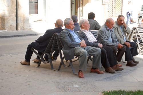 Italijos vyrai, Italia, vyrai, europietis, italy, kultūra, miesto aikštė, žmonės
